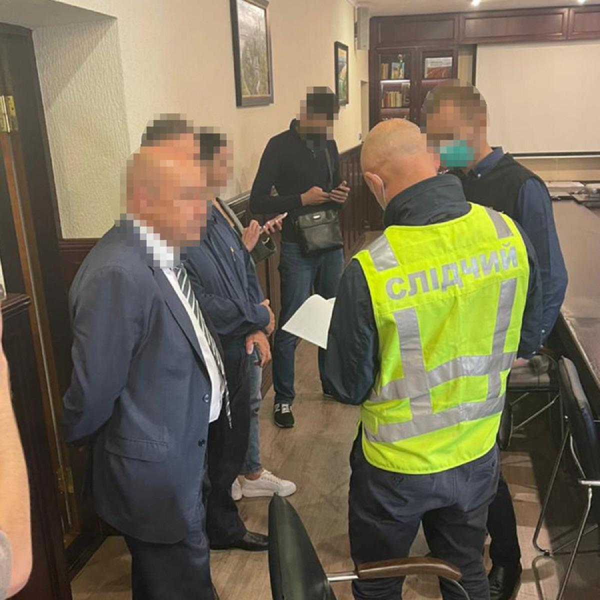 В Киевавтодоре проводят обыски, руководств подозревают в растрате — фото 3