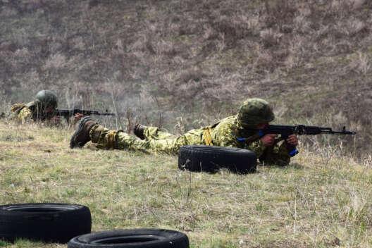 Сутки на Донбассе: зафиксировано 6 обстрелов, двое военных ранены-1200x800