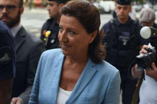 Министр здравоохранения Франции попала под следствие из-за Covid-19