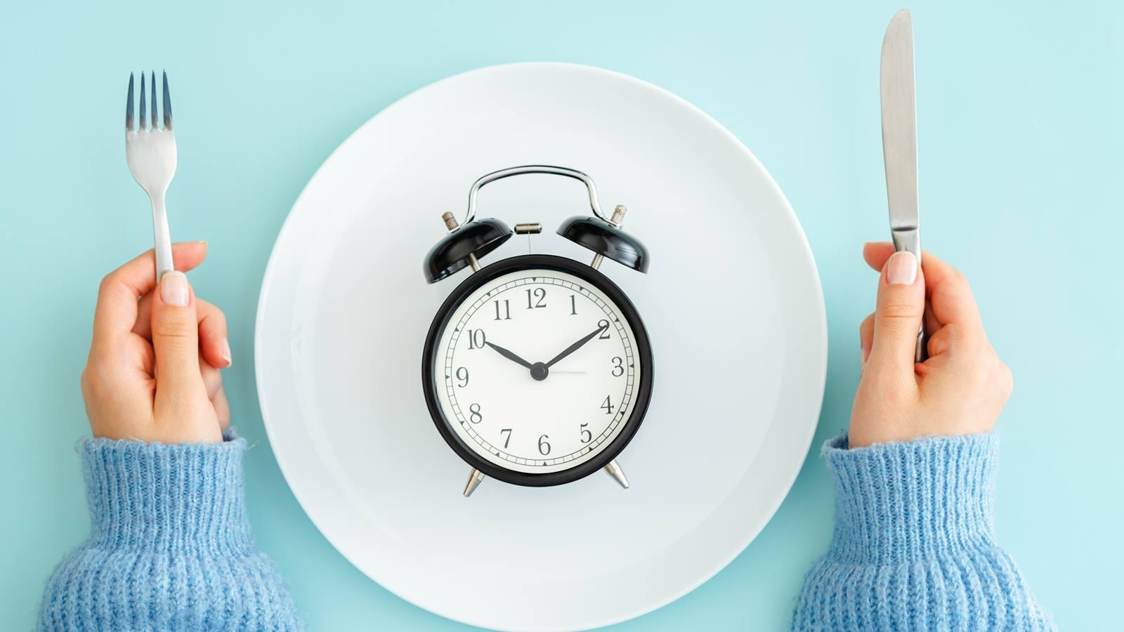 Интервальное питание: в чем его польза и насколько оно эффективно - фото 1